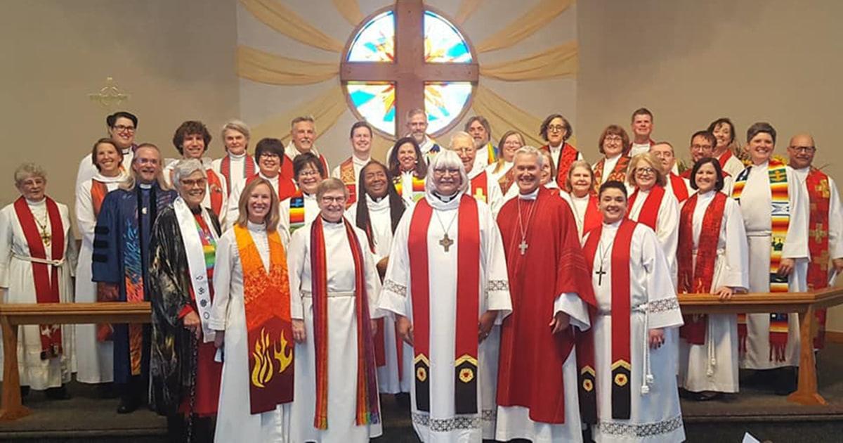 トランスジェンダーラティーナでの歴史としての福音ルーテル牧師