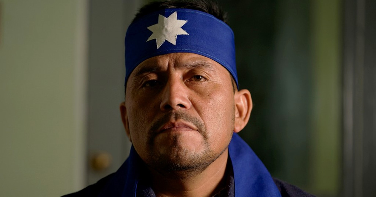 先住民のリーダーのアルベルトCuramil、グルーノーベル'勝訴チリ