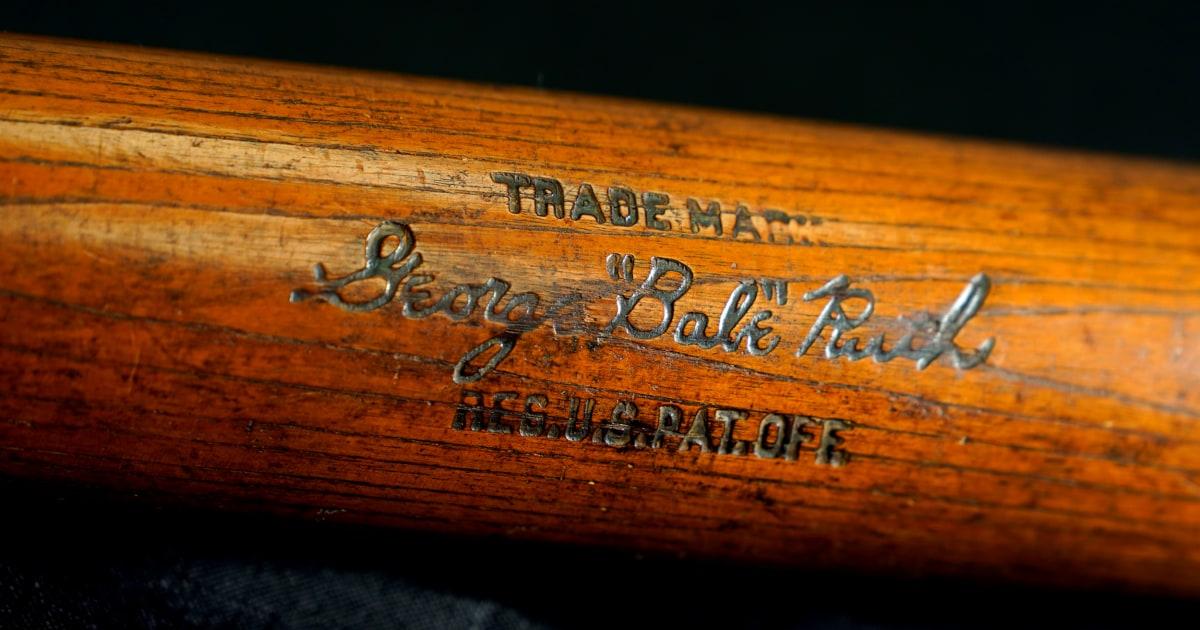 Babe Ruth ' s 500ste home-run-Schläger holt mehr als $1 million bei einer Auktion
