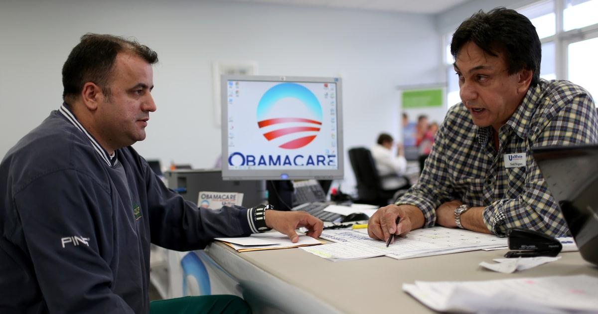 Gericht schlägt sich Obamacare, die das einzelne Mandat verfassungswidrig erklärt