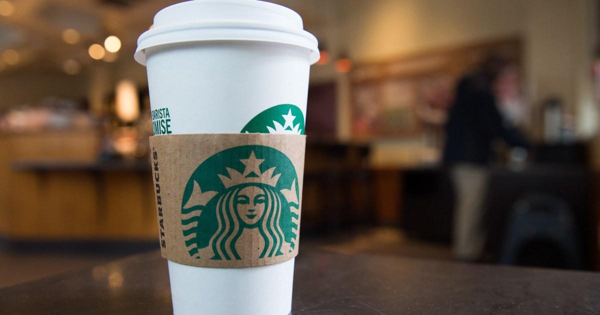 Starbucks se disculpa con los oficiales ignorados en la tienda de California thumbnail