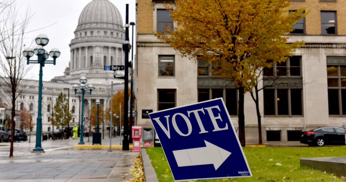 Possible voter purge of hundreds of thousands has Wisconsin Democrats scrambling