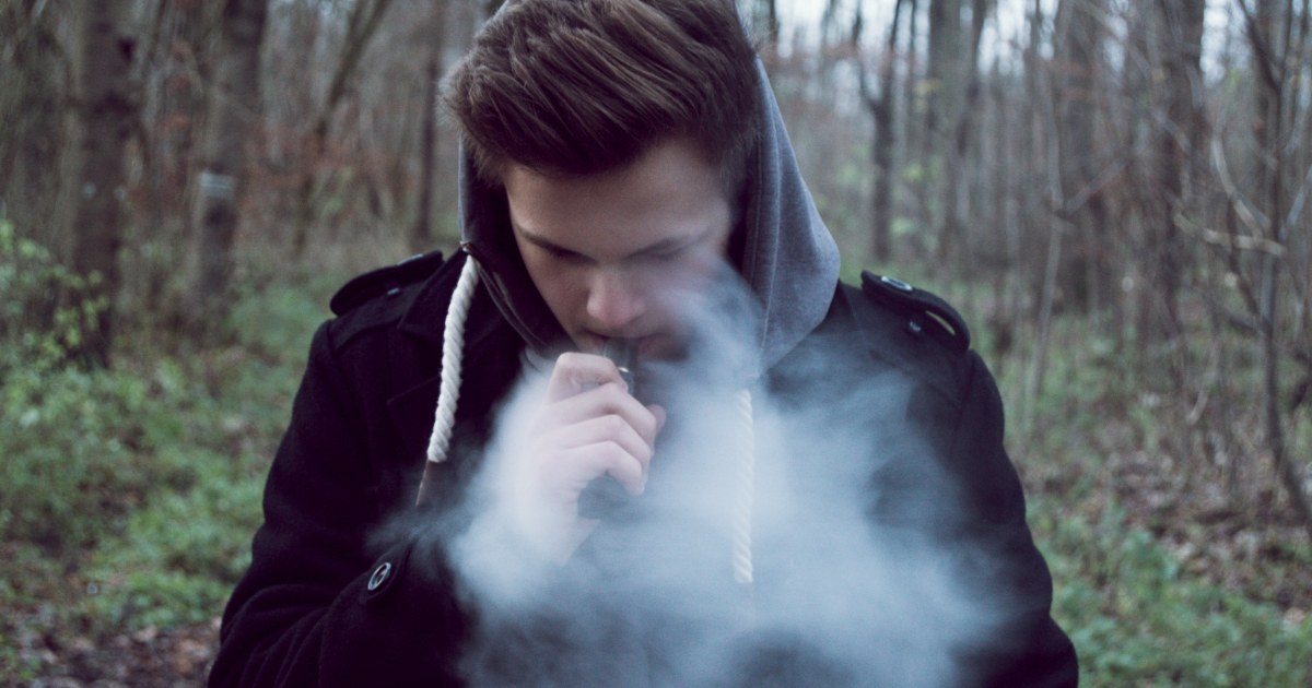 Weed vaping soars among teenagers, doubling since 2018