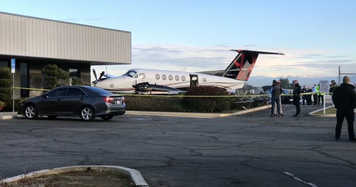 17-jährige Mädchen schleicht sich in Flugzeug, stürzt es am Flughafen, Behörden sagen