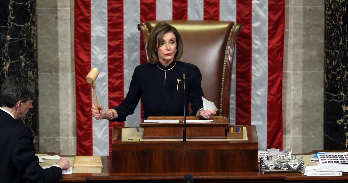 Pelosi: die Macht des Hammers bedeutet Trump 'angeklagt, für immer'