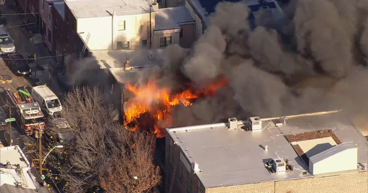 二つのインターナショナル後フィラデルフィア行家の崩壊にアラームの火
