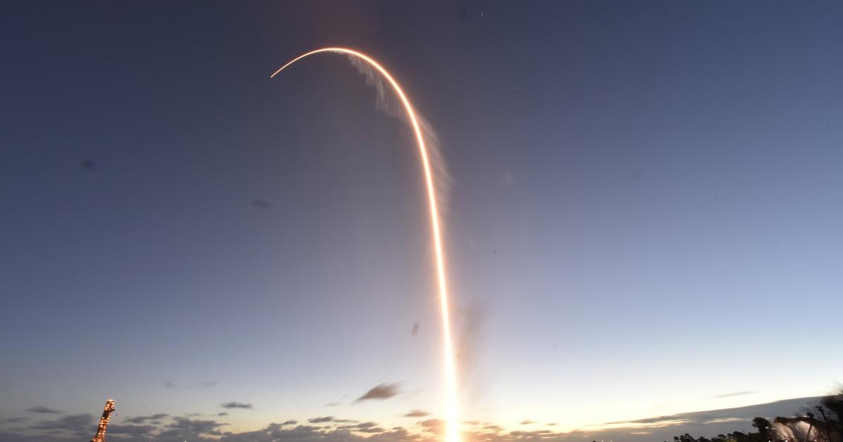 ボーイングの新しい宇宙飛行士のカプセルが届適切な軌道上で重要な試験