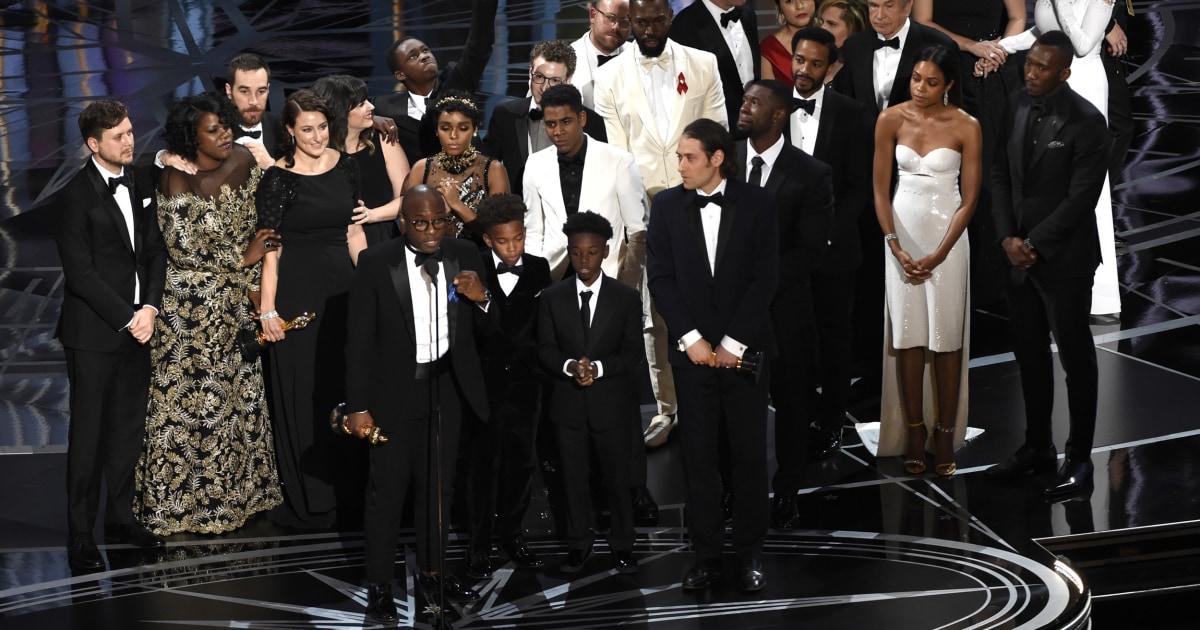 Hollywood πολιτισμού στο 2010 σημειώνονται κέρδη στην πολυμορφία για φορείς του χρώματος