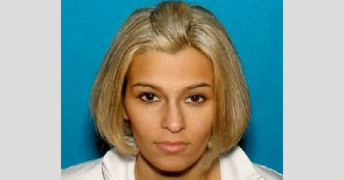 Palm reader είπε η γυναίκα κόρη της ήταν δαιμονισμένη, scammed για $70K, αστυνομία