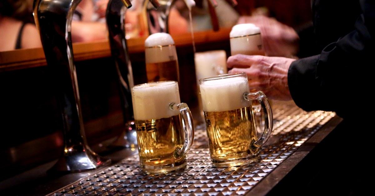 アルコール関連の死亡が倍近年