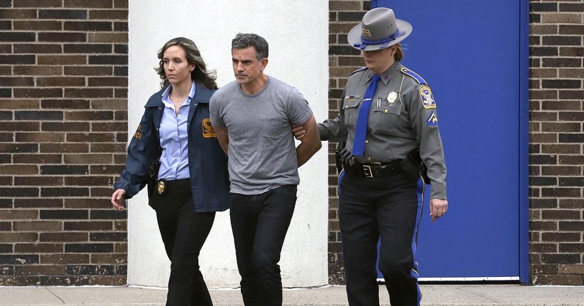 Jennifer Dulos' entfremdeten Mann, belastet mit Ihrer Ermordung, verliert Gebot zu niedrigeren $6M bond