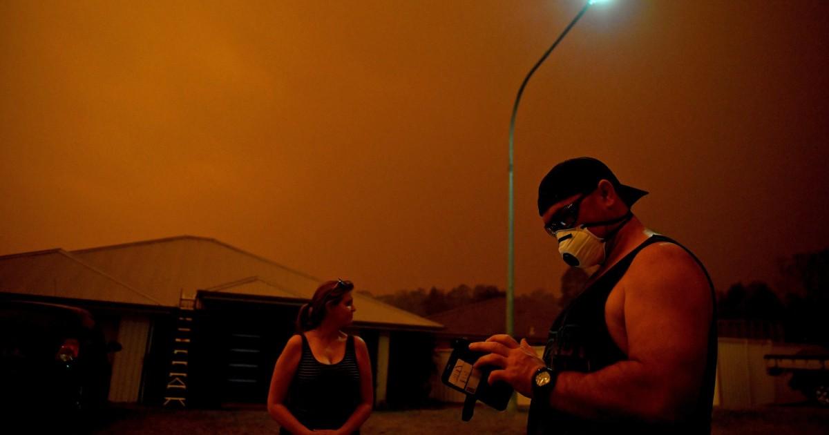 成することを目的としてい深夜':オーストラリアの功平健康への懸念煙