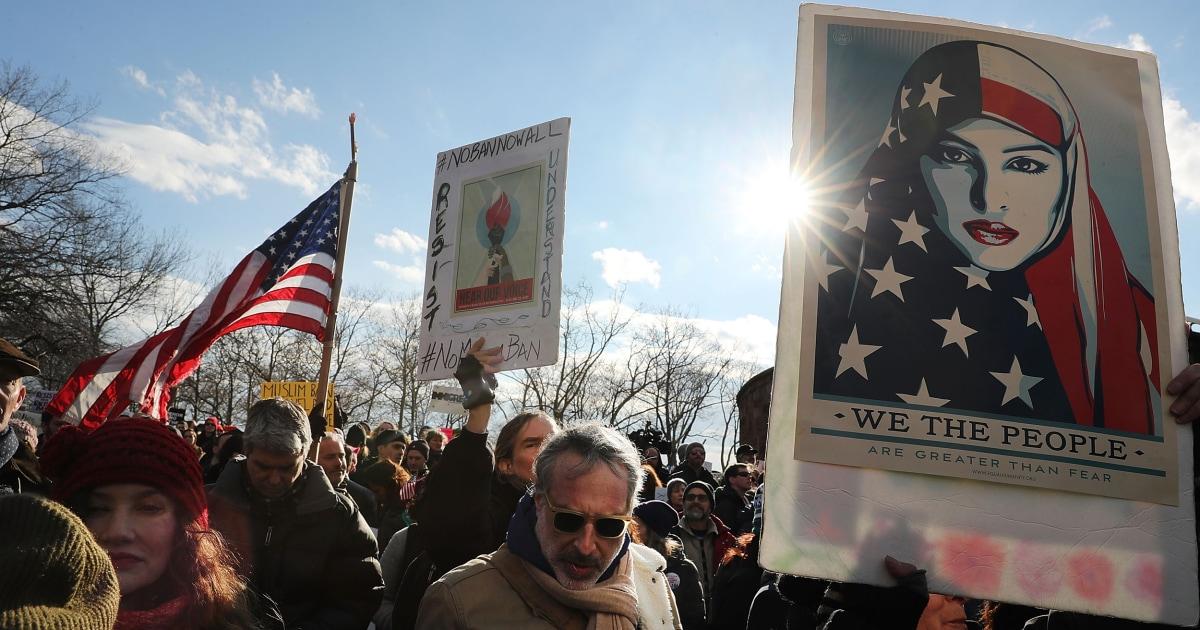 Blindsidingトランプは、共和党総裁が同意した難民の受け入れ