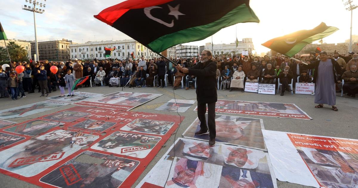リビアの戦派を告発その他の各違反の停止-消防