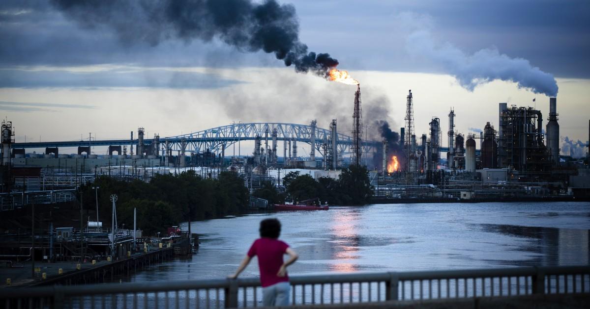 Massive öl-Raffinerie Undichtigkeiten giftige Chemikalie in der Mitte von Philadelphia