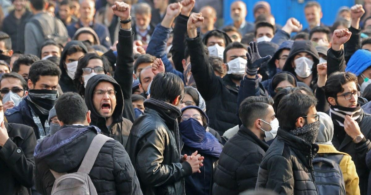 Μετά από μέρες των διαδηλώσεων, το Ιράν λέει ότι έχει κάνει συλλήψεις πάνω από αεροπλάνο καταστροφή