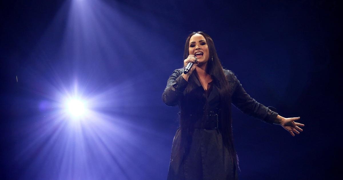 Demi Lovato durchführen Nationalhymne zu 2020 Super Bowl