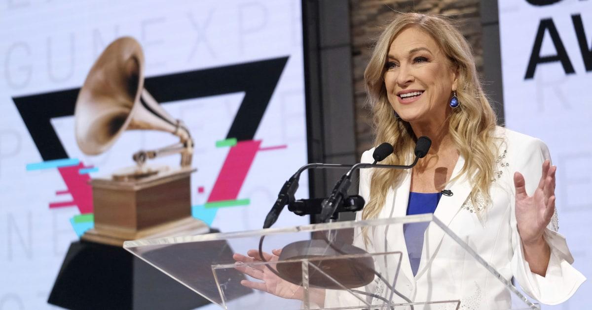 Grammy Awards chief gelegt, auf lassen über Fehlverhalten Behauptung