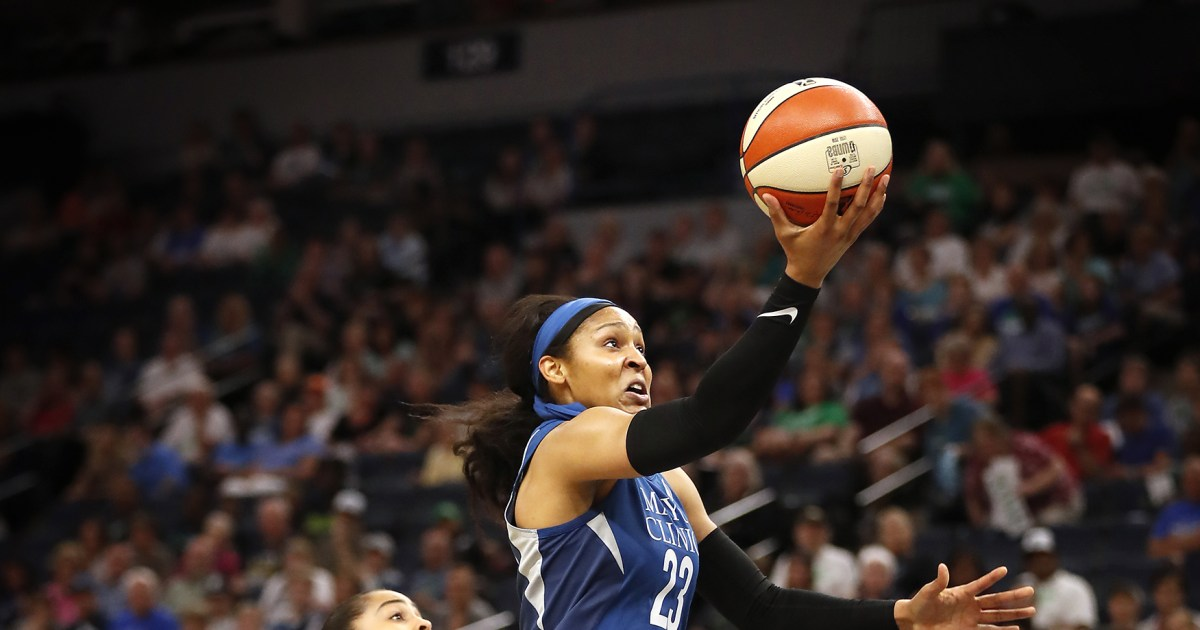 WNBAスターヤー-ムーアに置かれており季オリンピックとして上げるための釈放を
