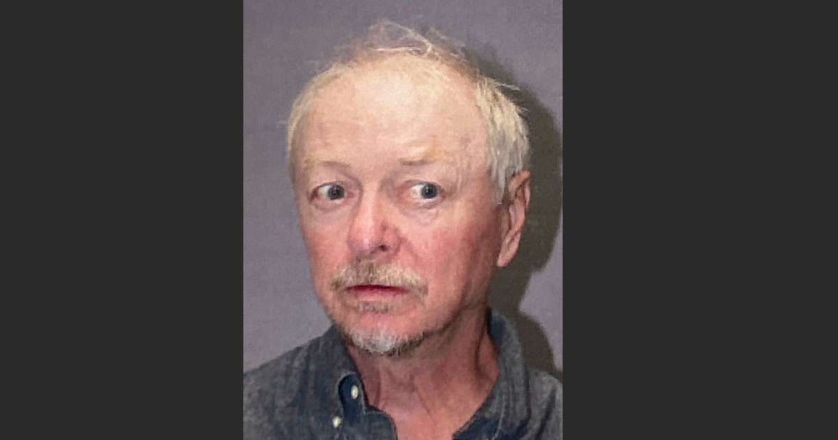 Neighbor wanted Hawaii cop-killing suspect evicted years ago