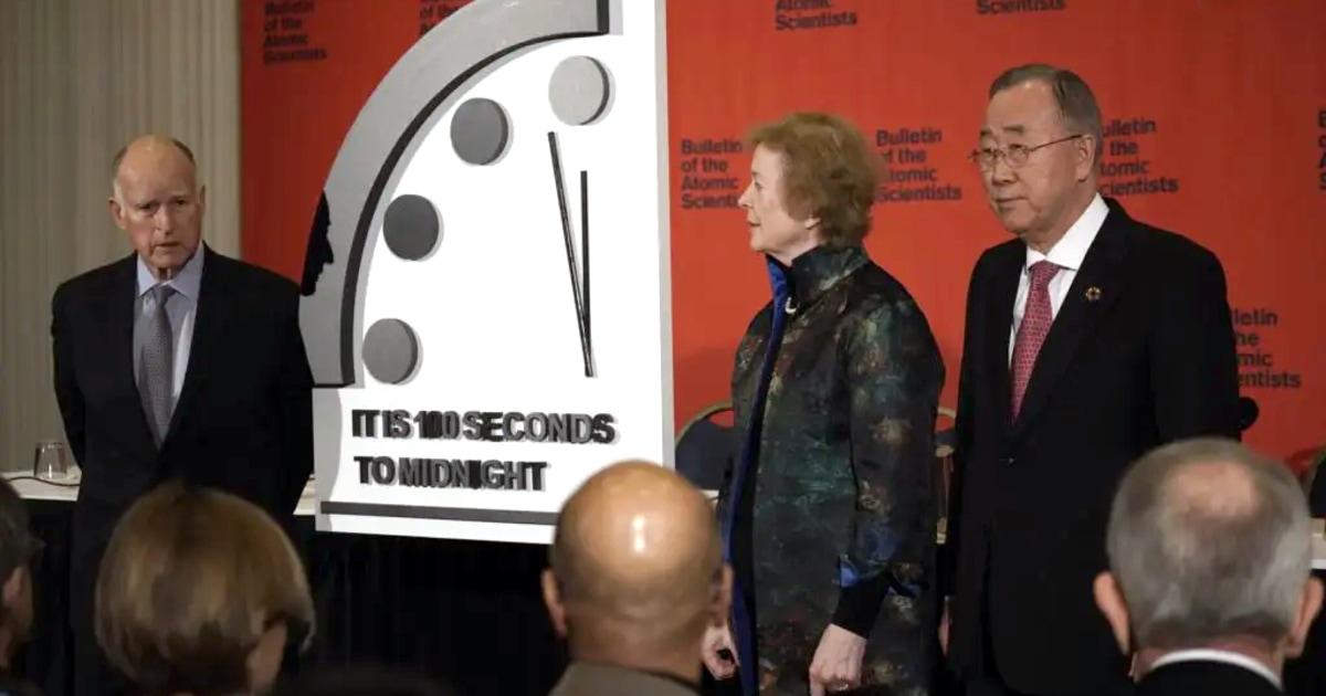 Wissenschaftler bewegen Doomsday-Uhr näher an Mitternacht