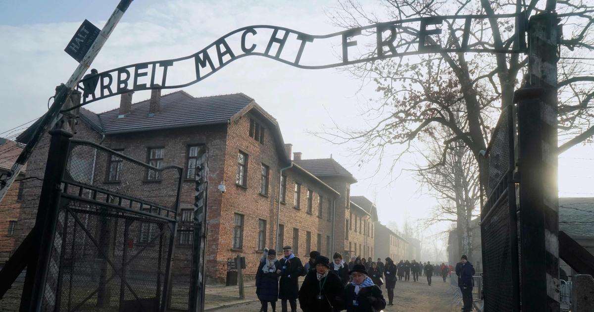 Επιζώντες επιστροφή στο Άουσβιτς 75 χρόνια μετά την απελευθέρωση