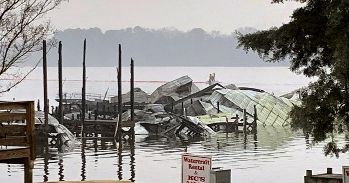 死亡を確認し、足りないアラバマの後、火災を破壊少なくとも35ボートとテネシー川