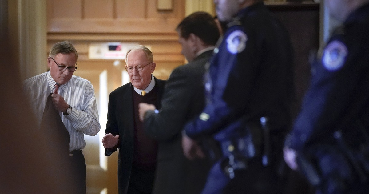GOP Sen. Lamar Alexander, Schlüssel Anklage Stimme zu geben, die Entscheidung über Zeugen heute Abend