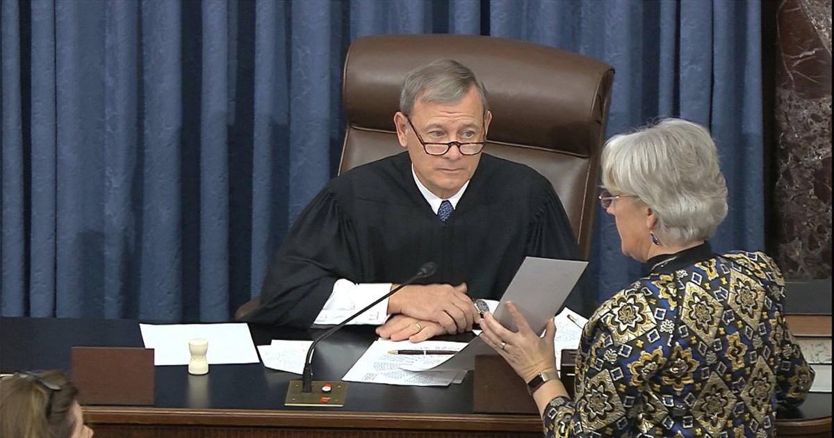 Hakim ketua mengatakan ia tidak akan melanggar dasi suara di Senat impeachment trial
