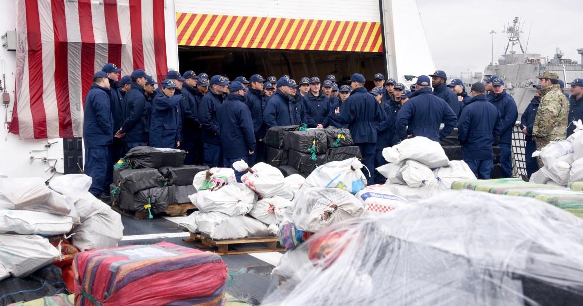 沿岸警備隊が男20,000ポンドのコカインやoffloadsでサンディエゴ