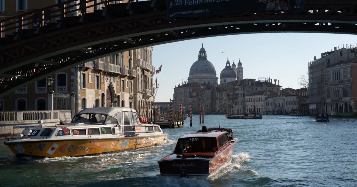 Als die Meeresspiegel steigen, Venedig Kämpfe zu bleiben, oberhalb der Wasserlinie