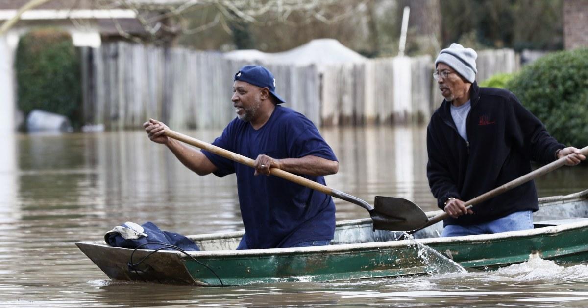洪水を入れてミシシッピ州資本の