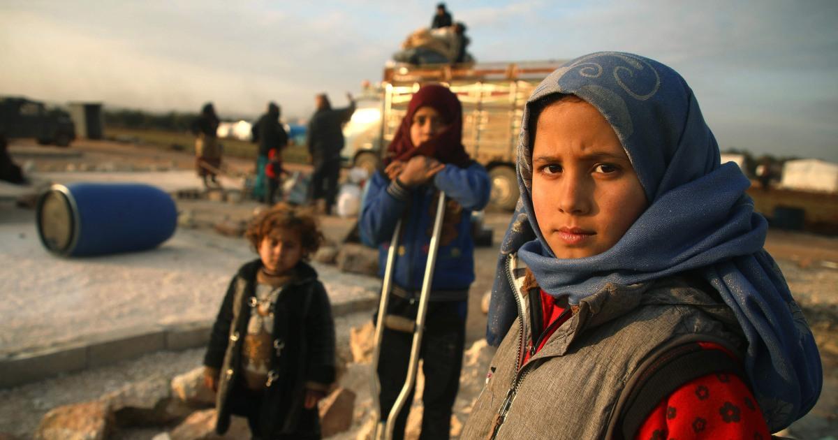Terjebak di antara 2 pasukan, hampir 1 juta warga Suriah tak punya tempat untuk pergi di Idlib