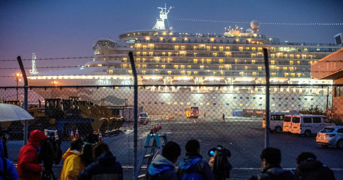 10 νεκροί, πάνω από 800 δοκιμή θετική σε coronavirus εστιών στην Princess cruises, το CDC λέει
