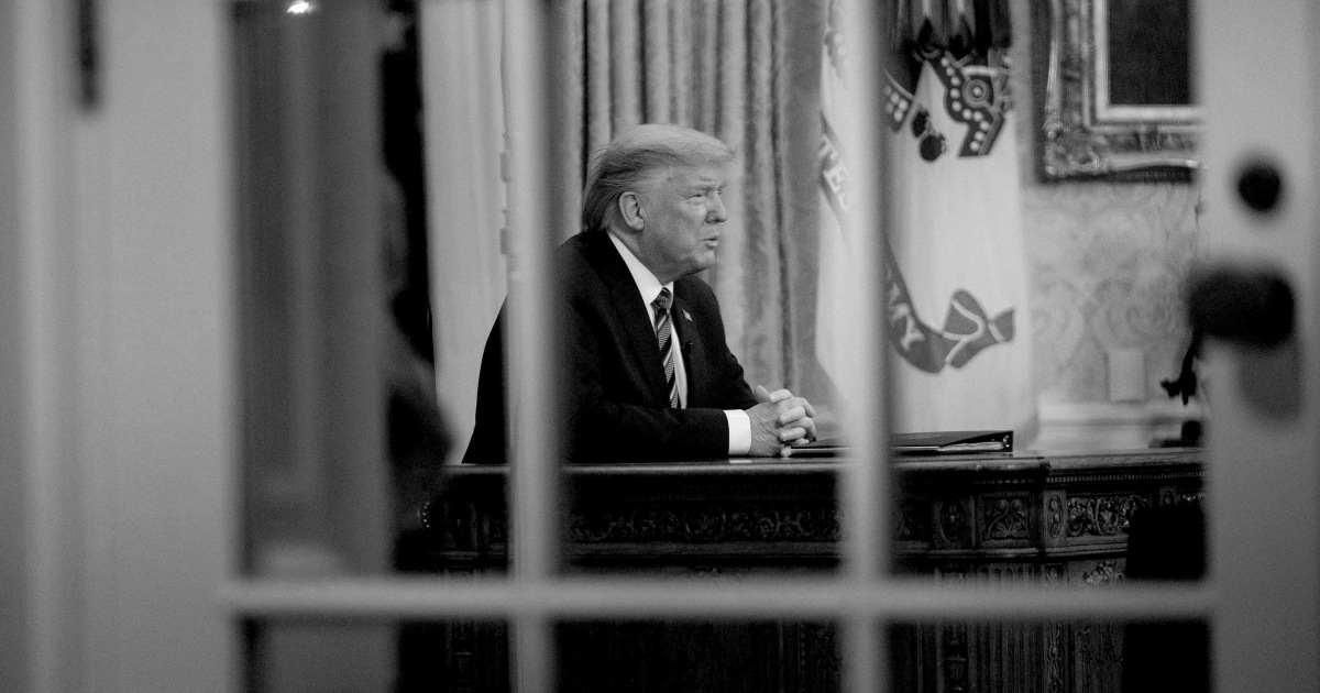Team Trump deals with fallout from failed Oval Office address