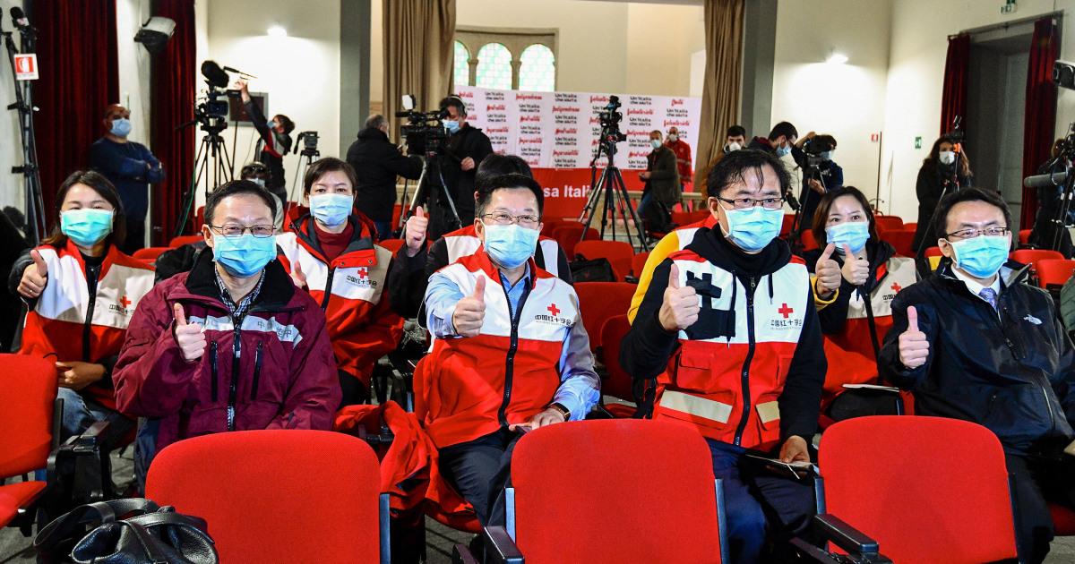 Η κίνα, η Νότια Κορέα, την Ταϊβάν, την αποστολή μάσκες και το ιατρικό προσωπικό σε άλλες χώρες ανάγκη