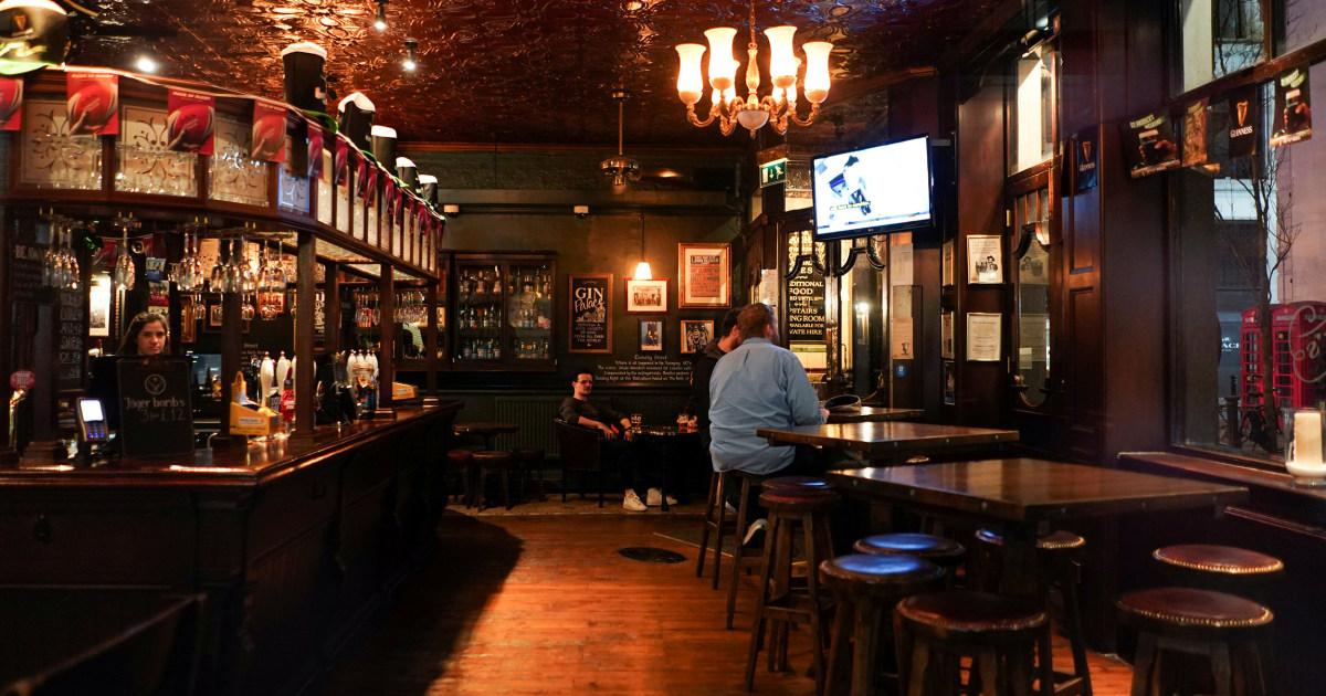 Coronavirus uncertainty bites as London pubs, restaurants consider shutting