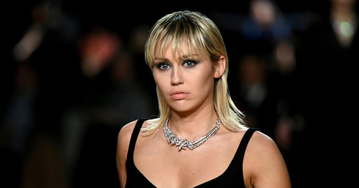 Miley Cyrus beenden Kirche, weil Homosexuell Freunde 'nicht akzeptiert'