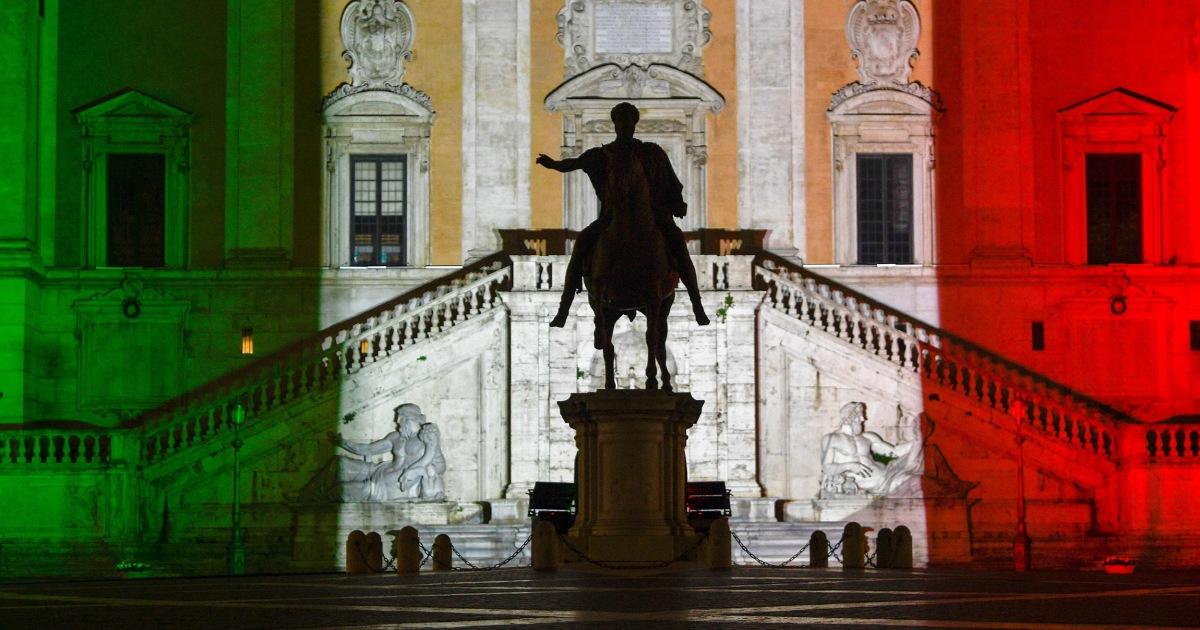 Δημοσιογράφος notebook: Πανδημία καθιστά Ρώμη σιωπηλή