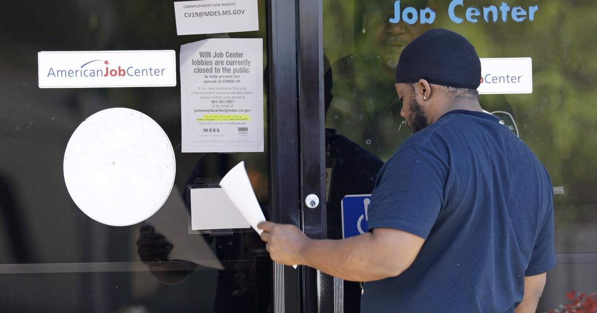 Έξω από την εργασία λόγω coronavirus, αγωνίζεται να το αρχείο για την ανεργία