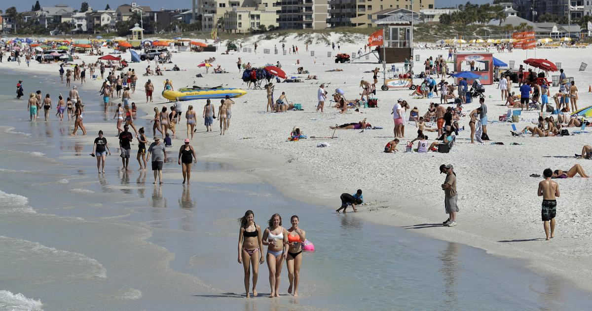 Οι φοιτητές που ακύρωσε το δύσμοιρο άνοιξη διάλειμμα το ταξίδι λένε ότι δεν γίνονται επιστροφές