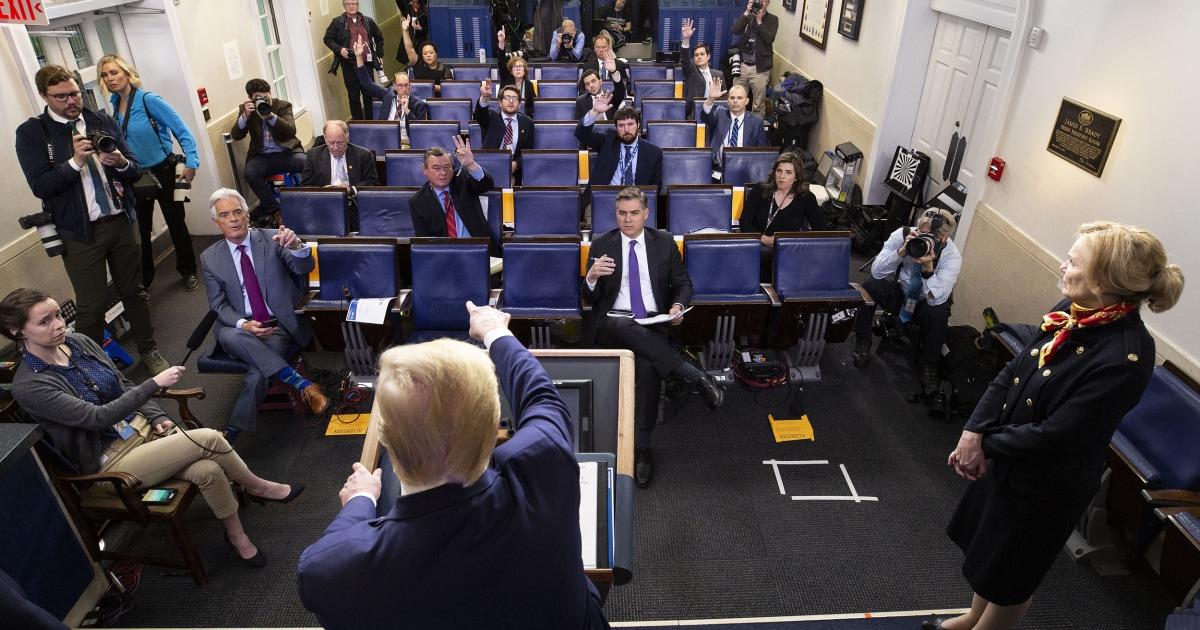 Bagi jurnalis yang meliput Trump, realitas baru di gedung Putih