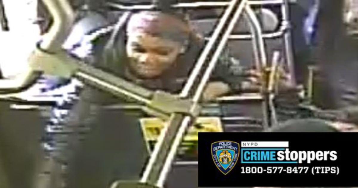 Wanita membutuhkan jahitan setelah anti-Asia benci serangan kejahatan di bus kota, NYPD mengatakan