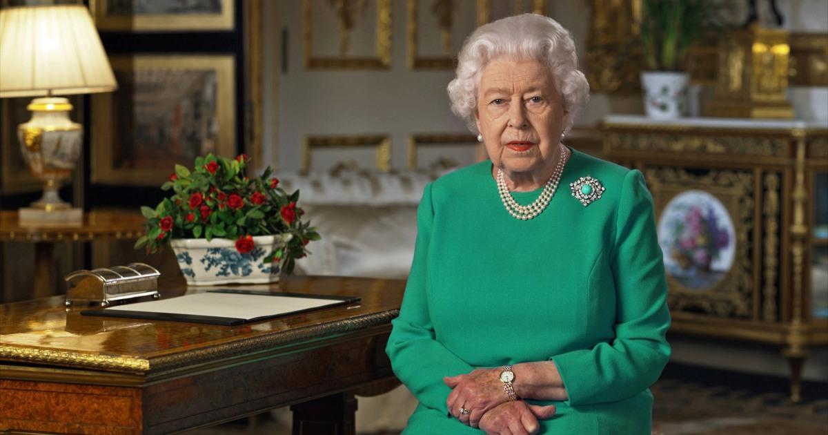 Ratu panggilan untuk 'periang mengatasi' sebagai coronavirus kematian meningkat di INGGRIS