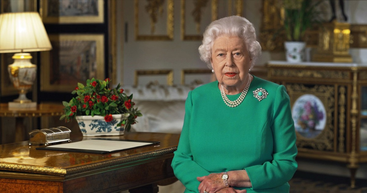 Βρετανία σε κρίση: η Βασίλισσα προσφέρει σπάνια σύνθημα ως πρωθυπουργός έστειλε στο νοσοκομείο