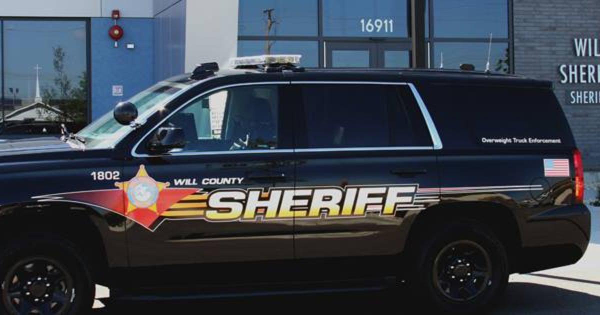 Illinois άνθρωπος που νόμιζε ότι είχε φίλη COVID-19 θανάσιμα την πυροβολεί τον εαυτό του