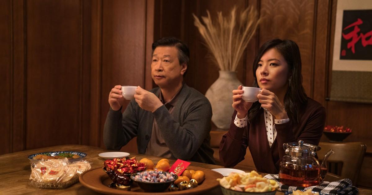 'Tigertail' sutradara Alan Yang tak terucapkan cerita di balik orang Asia orang tua' perjalanan ke Amerika