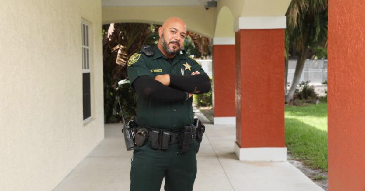 Neu engagiert gay cop ist Florida der Polizei die ersten coronavirus-Todesopfer