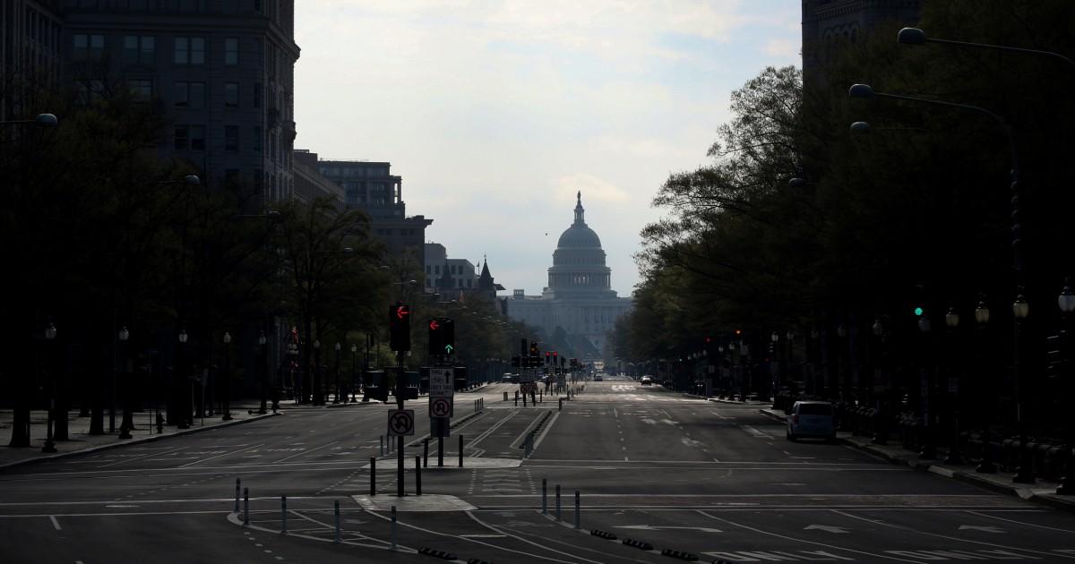 Senat Demokrat blok GOP tawaran untuk $250 miliar-bisnis kecil dana di tengah kebuntuan atas coronavirus bantuan