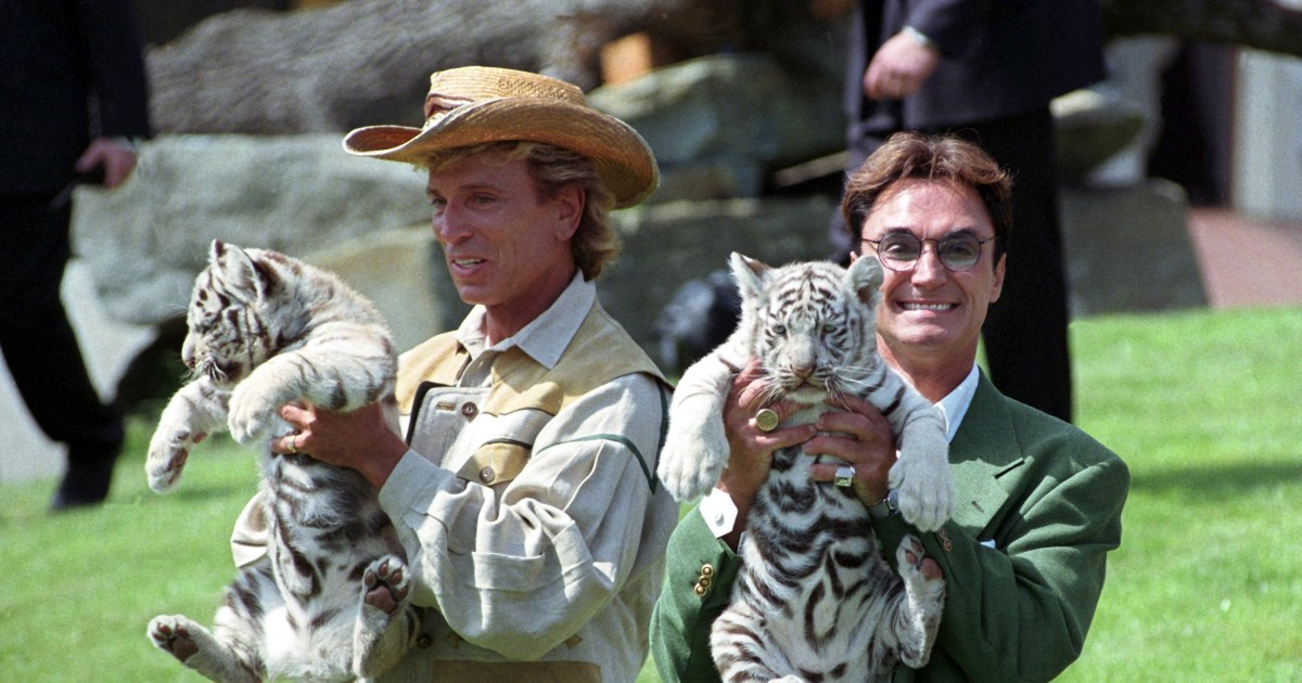 Roy Horn, of Siegfried and Roy, tests positive for coronavirus - NBC News